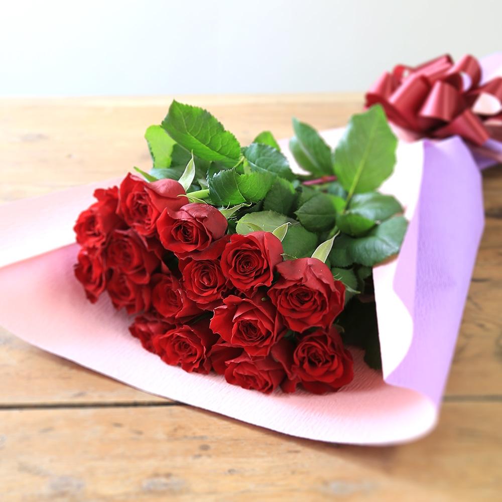 赤バラの花束