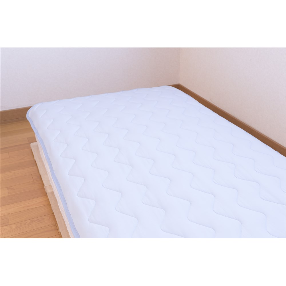 マシュマロひんやり敷きパッド ブルー 約幅100×奥行205cm